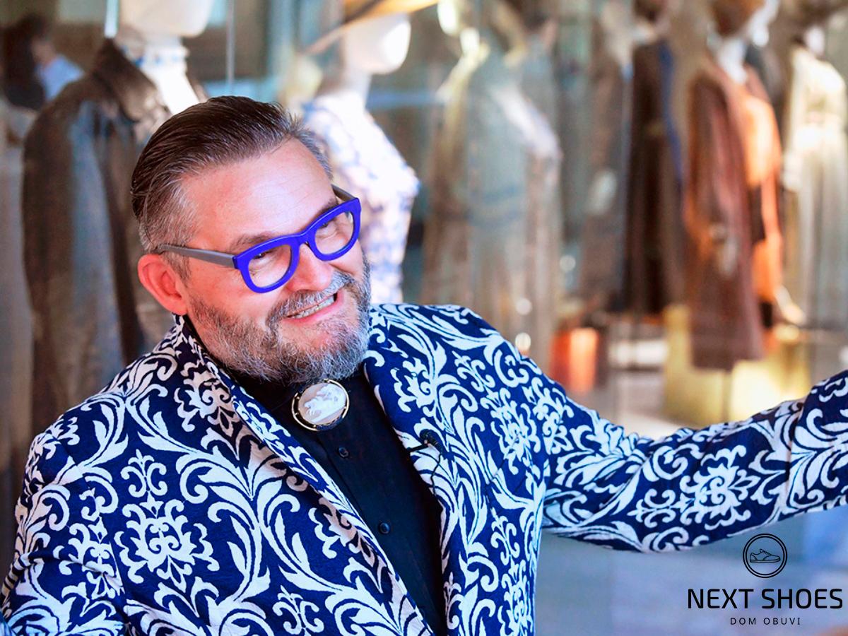 «Экономия на обуви, парикмахере и нижнем белье - табу», утверждает известный историк моды