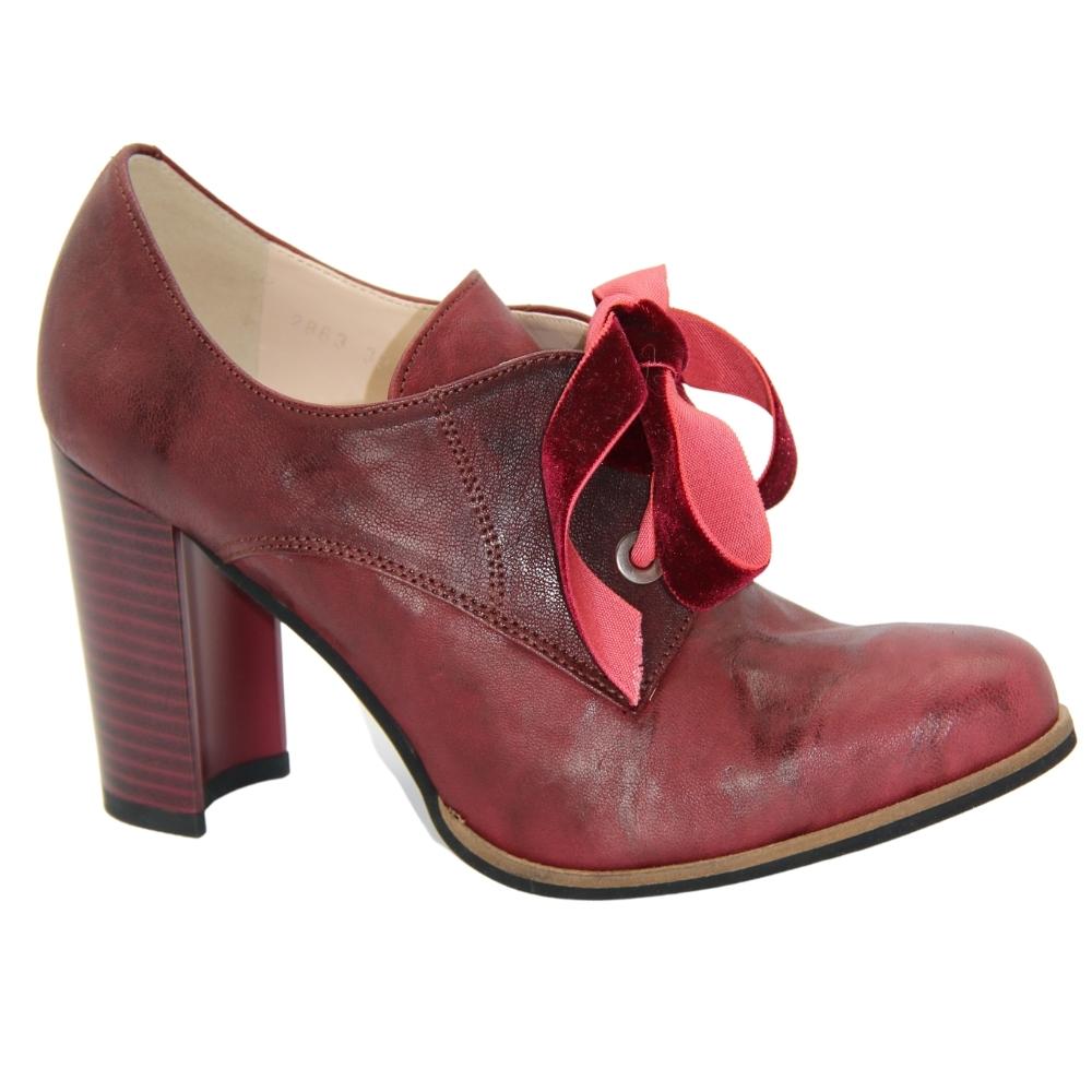 Туфли-чанки на среднем каблуке женские бордовые NEXT SHOES (Польша) демисезонные арт k-2863-461-bordo модель 3403