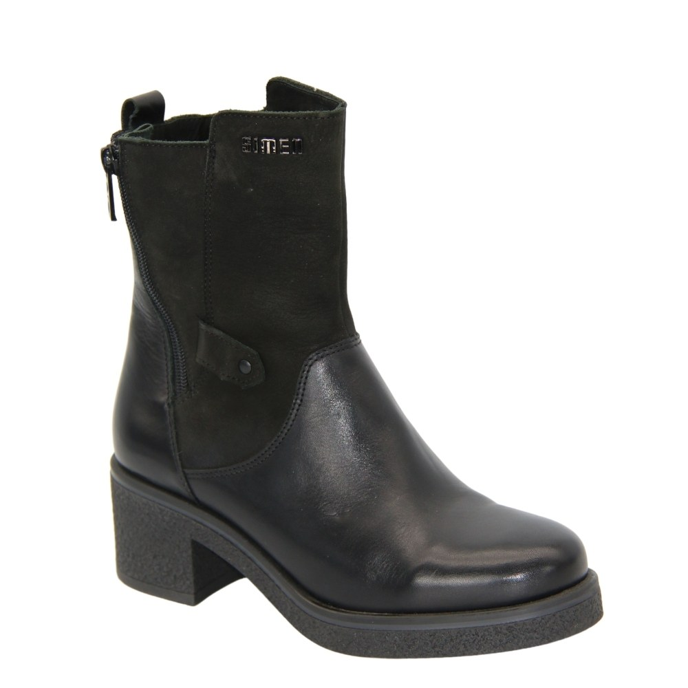 Women's black boots at low speed with a snake winter NEXT SHOES (Poland) Genuine leather, art 1762a-sandro-04-s04 model 4503