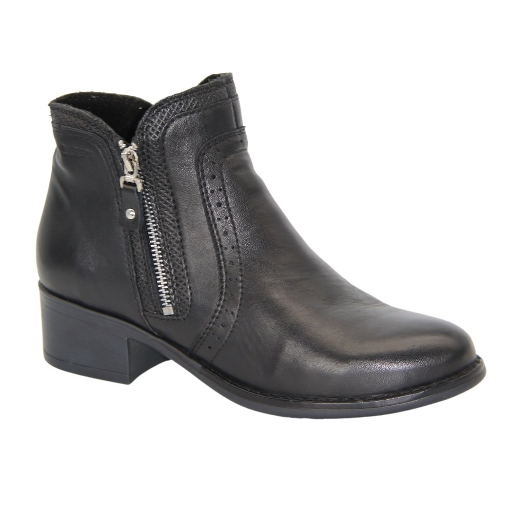 Женские черные ботинки на низком ходу со змейкой демисезонные NEXT SHOES (Польша) Натуральная кожа, арт 6583-6-1036 модель 4614