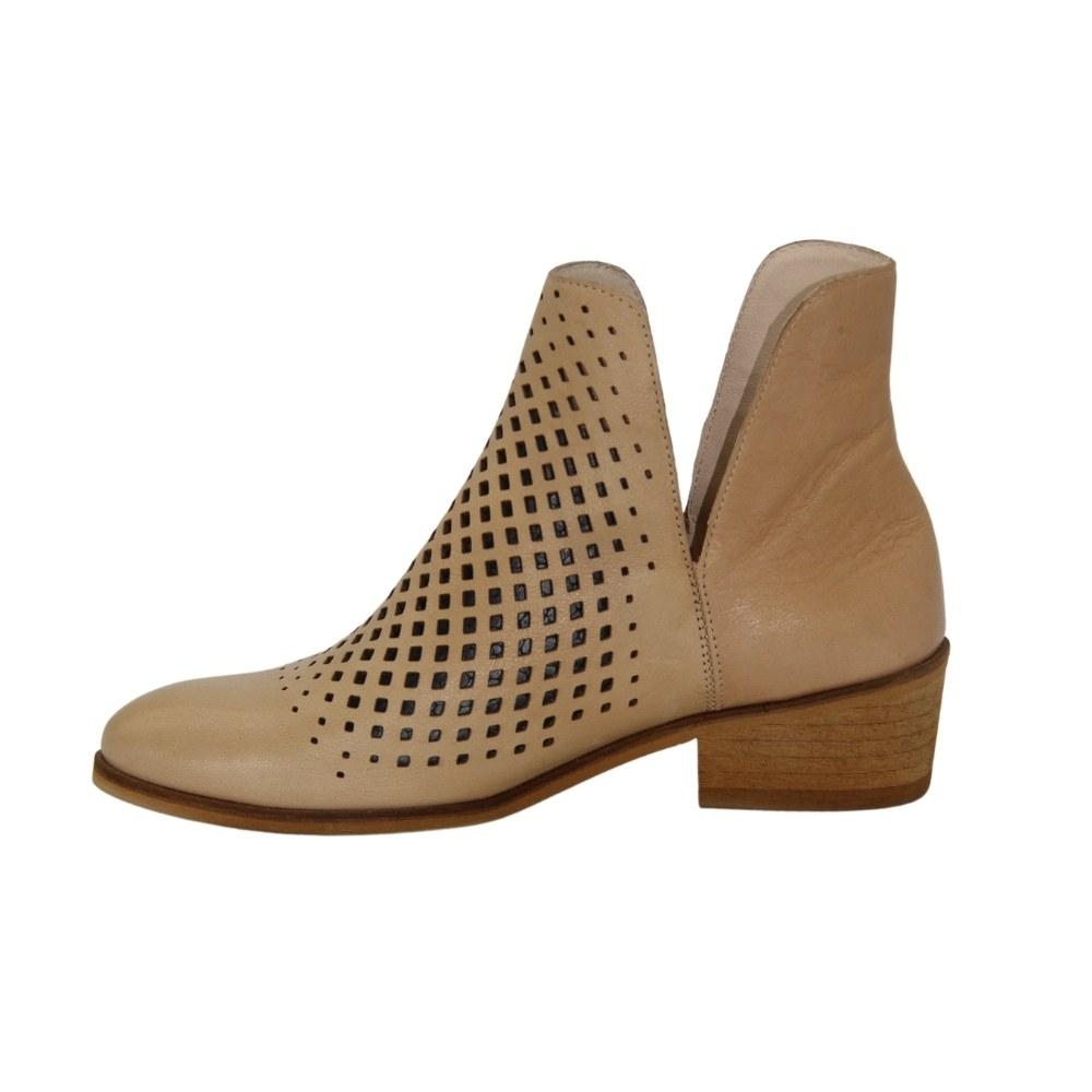 Женские бежевые ботинки с перфорацией демисезонные NEXT SHOES (Польша) Натуральная кожа, арт 20208-bez-352 модель 4692