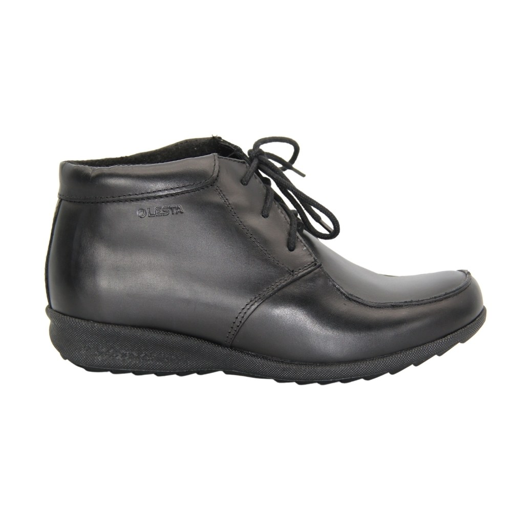Women's black boots on a low run with lacing and a snake winter NEXT SHOES (Poland) Genuine leather, art 11-6304-9-1036 model 4842