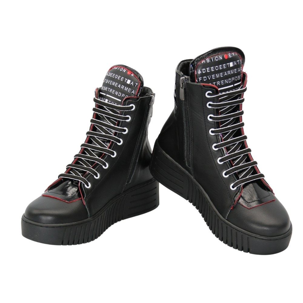Women's black low-speed boots with lacing and a snake demi-season NEXT SHOES (Turkey) Genuine leather, art 186-7106-kurk model 5106